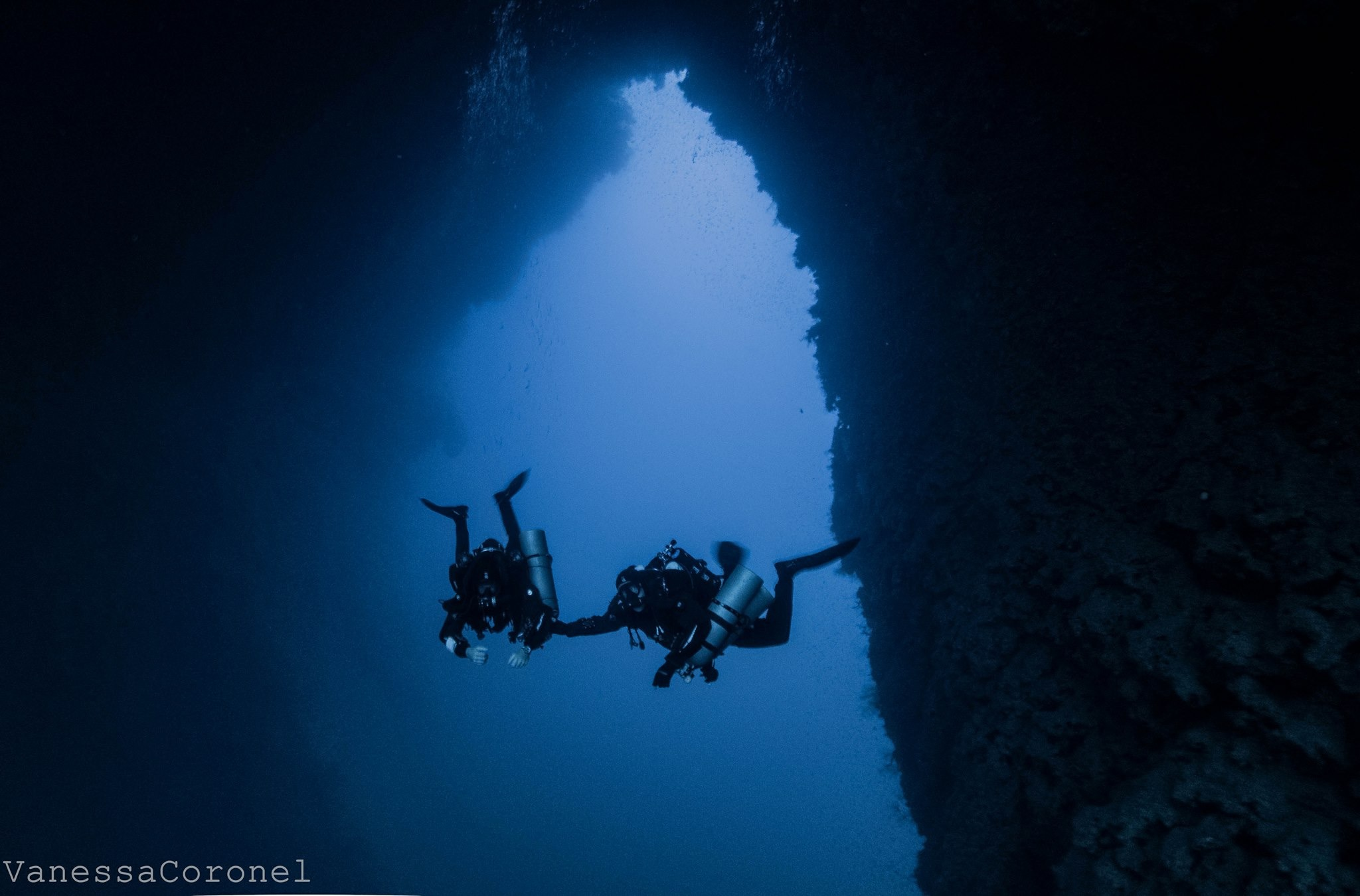 TDI Instructor Trainer Jeffrey Glenn with his student in famous Arch at the Blue Hole, Dahab